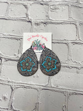 Load image into Gallery viewer, Montana Leather Tear Drop Earrings