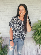 Load image into Gallery viewer, Jana Gray Leopard Print Top