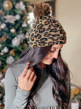 Load image into Gallery viewer, Leopard Pom Pom Beanie