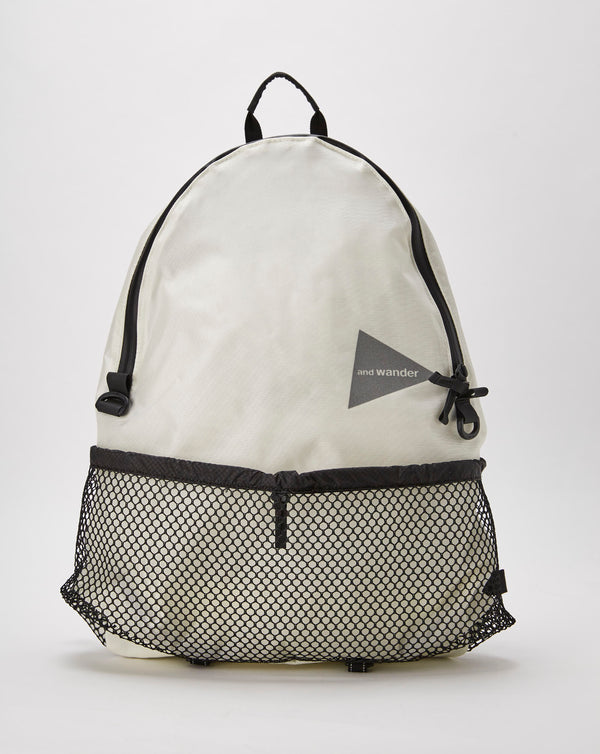 and Wander 20L Daypack (White)