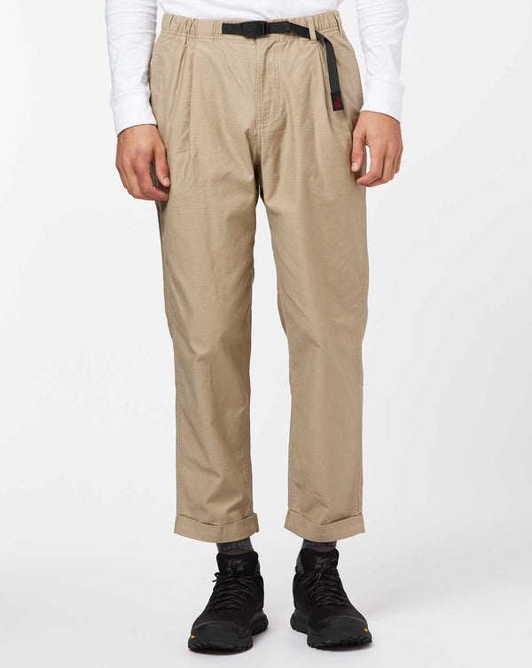 Gramicci Back Satin Tuck Tapered Pants (Desert)