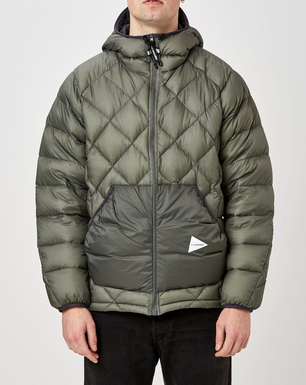 and Wander Diamond Stitch Down Jacket (Grey)