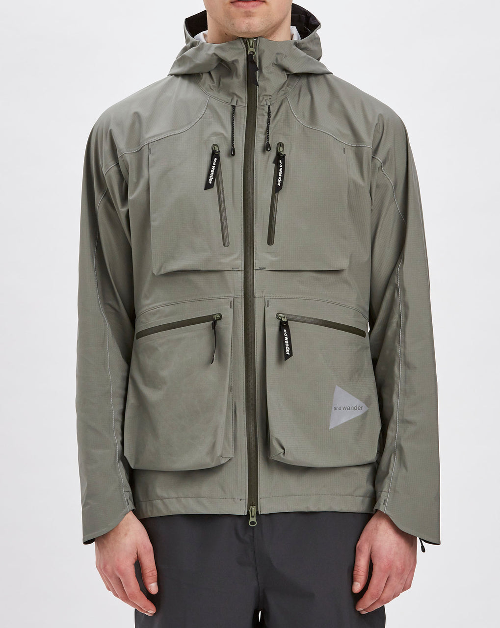 and Wander eVent Dropping Pocket Rain Jacket (Light Grey)