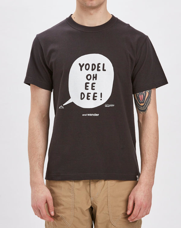 and Wander Yodel by Bob Foundation T-shirt (Charcoal)