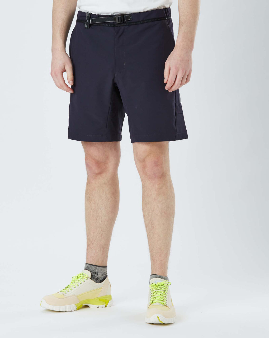 and Wander 2 Way Stretch Short Pants (Navy)