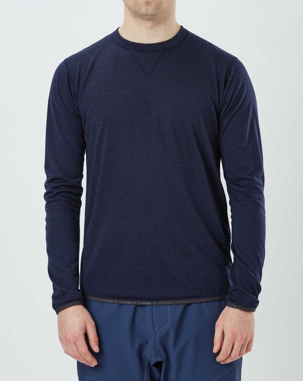 and Wander Merino Base Tee (Navy)