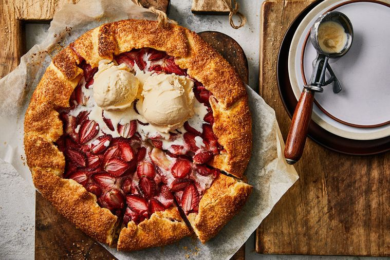 Strawberry and Macadamia Crostata