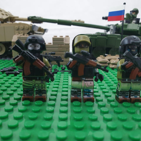 Russian army with ak weapons