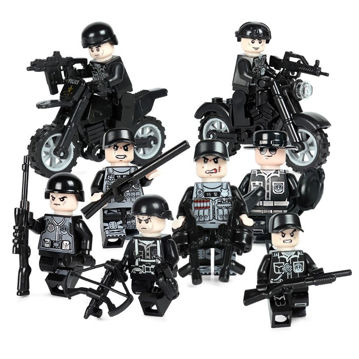 Custom police figures at Brick Block Army
