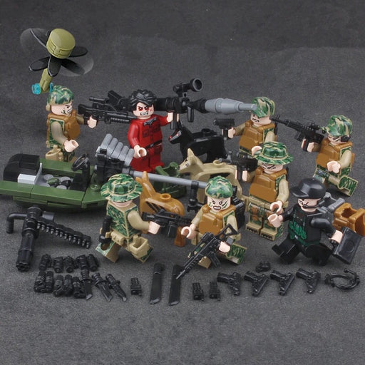 Army figures and toy soldiers
