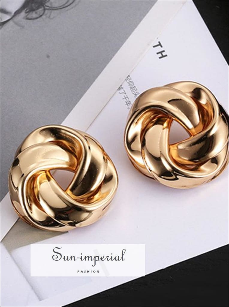 Big Vintage Metal Twisted Dangle Earrings for Women Charm Gold Color Spiral Earrings