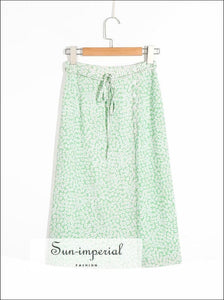 daisy print, florl print, flower printGreen Daisy Print Midi Skirt Wrap Split side Buttoned Vintage Skirt