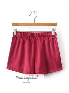 Sun-imperial Elastic Waist Jogging Shorts Girl's Striped side Elastic Waist Silky Sport Shorts High