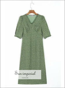 Vintage Green Daisy Print V Neck Short Sleeve Midi Dress with Ruffles detail With Detail, vintage style, vintagestyle, vintge style
