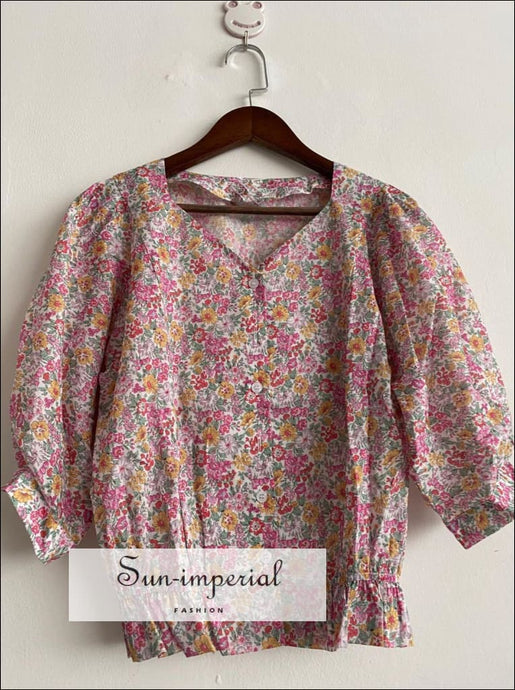 Women Floral Printed top V Neck Blouse with Short Sleeve and Ruffled Hem Detailing vintage style SUN-IMPERIAL United States