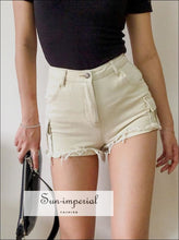 Women Mid-rise Waist Slim Fitted Denim Cargo Shorts with Raw Cut Hem