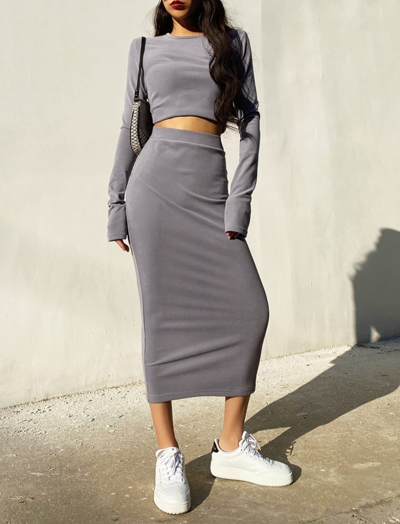 Women Dark Grey Casual Co-ord Fit O Neck Long Sleeve Crop top and Midi Skirt Set