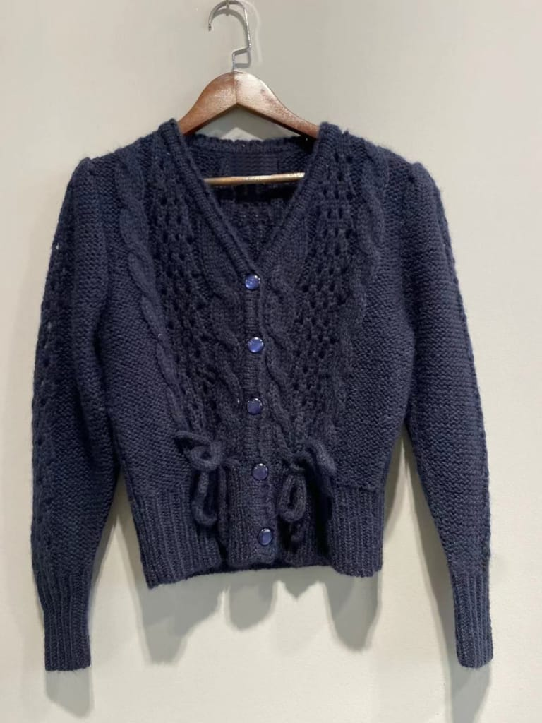 Women Royal Blue Long Sleeve O-neck Single-breasted Vintage Knit Cardigan Sweater