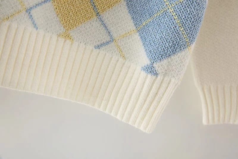 Women off White Crew Neck Knit Sweater with Yellow and Blue Argyle Print