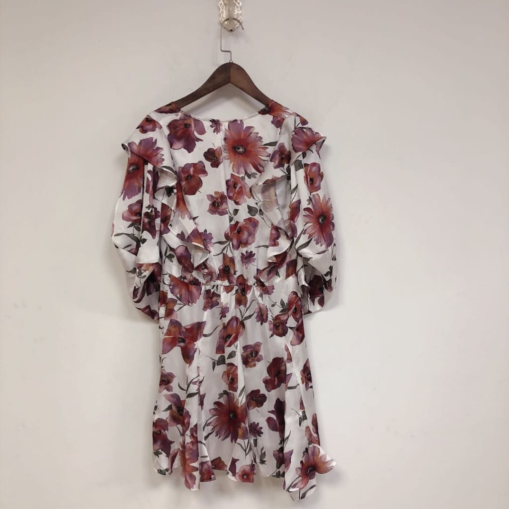 White Red Floral Mini Dress with Short Puff Sleeve V-neck Ruffles detail
