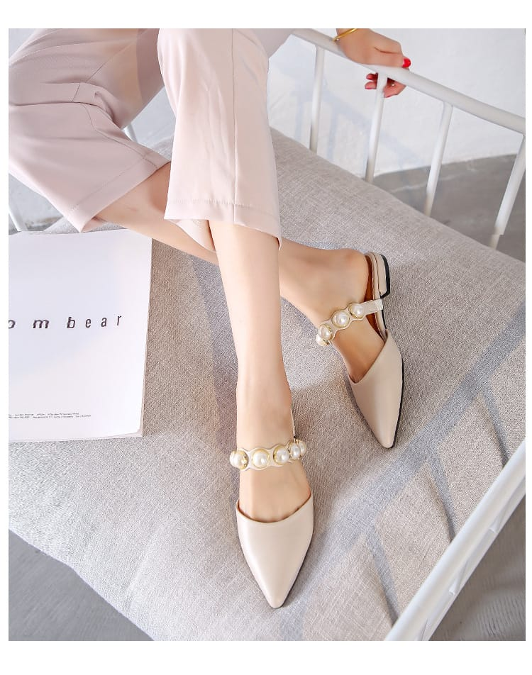 Black Flats Pointed Slides with Pearl Band Low Heel Slippers