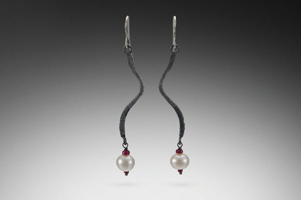 Long Wavy Dig Earring with Rubies And Pearl
