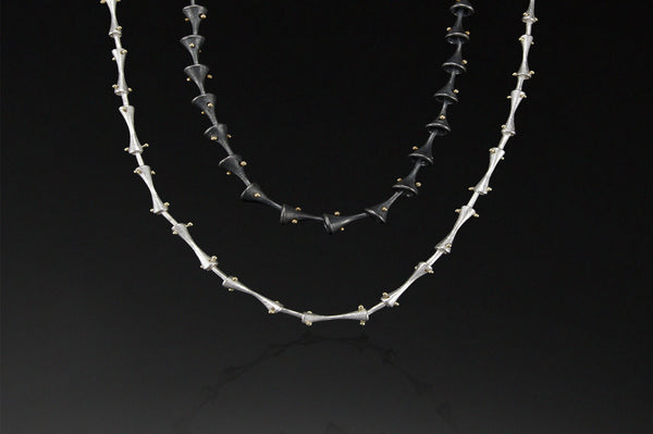 Trumpeted Link Necklace