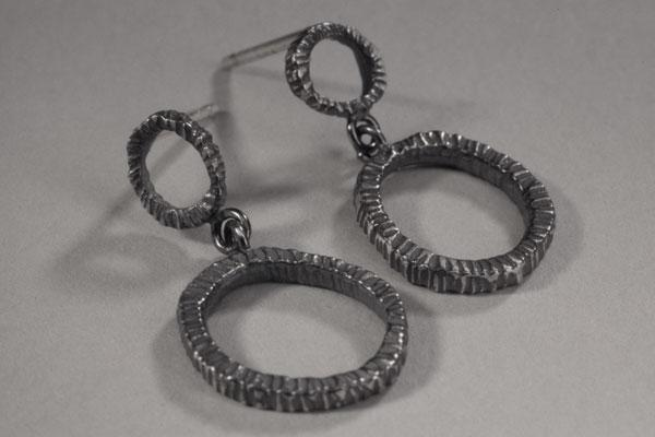 Small Double Ring Dig Earring