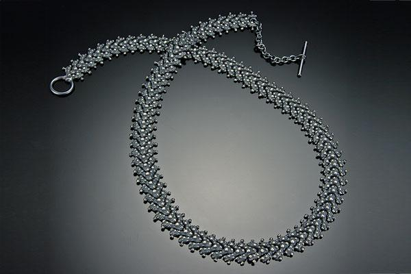 Bumpy Linked Necklace