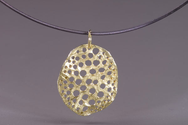Single Oval Siv Pendant