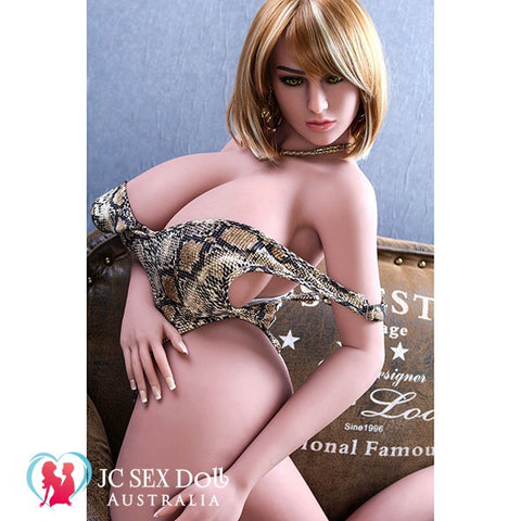 165cm Sex Doll Naomi guarantees your hard-on!