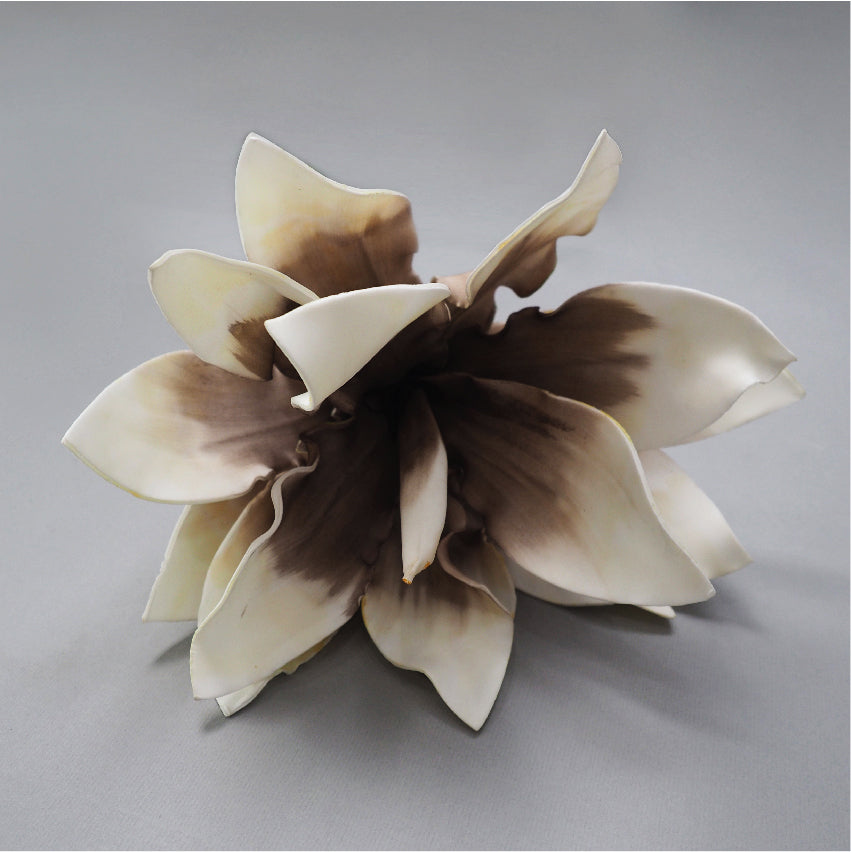 ARTIFICIAL FLOWER TYPE E05.26