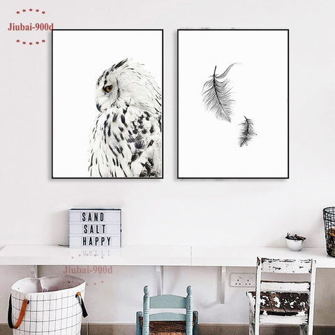 FEATHER FEATURE WALL ART