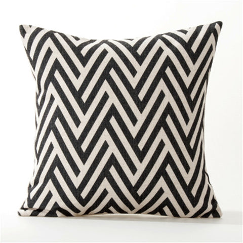 BLACK&WHITE GEOMETRIC DECORATIVE PILLOW