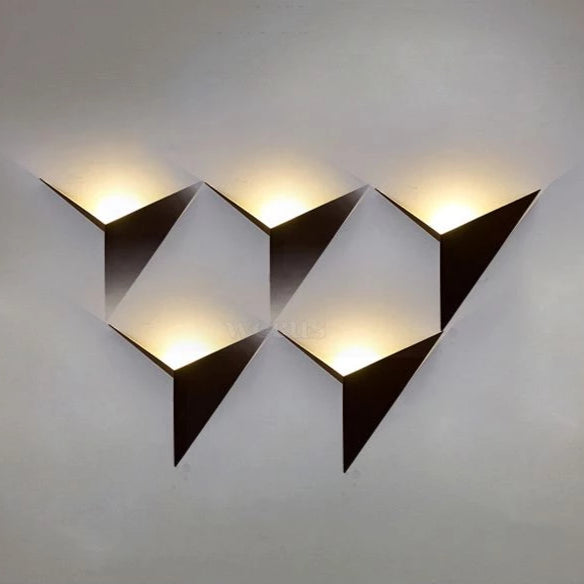 SHURIKEN WALL SCONCE