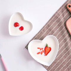 LOUVE MINIMAL HEART-SHAPED DISH