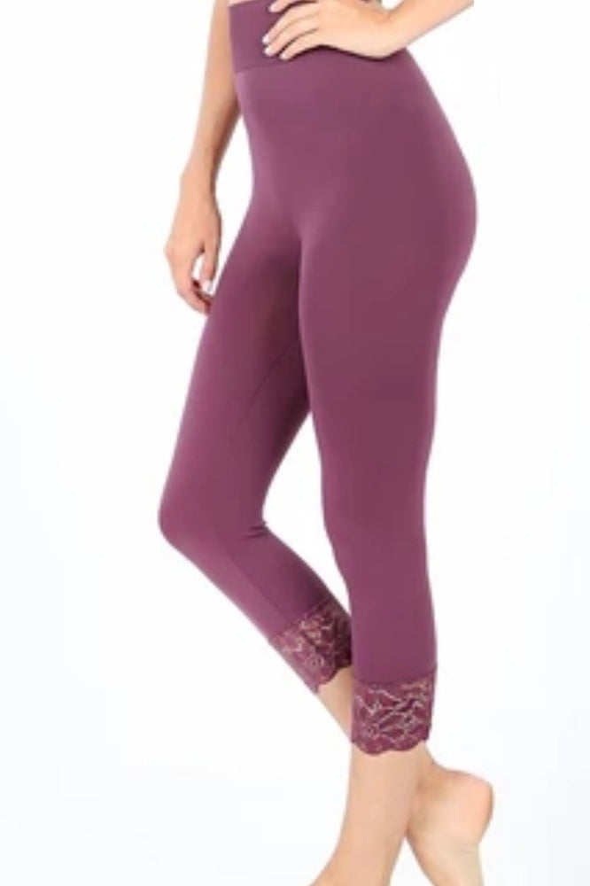 Lace Trim Seamless Leggings in Eggplant