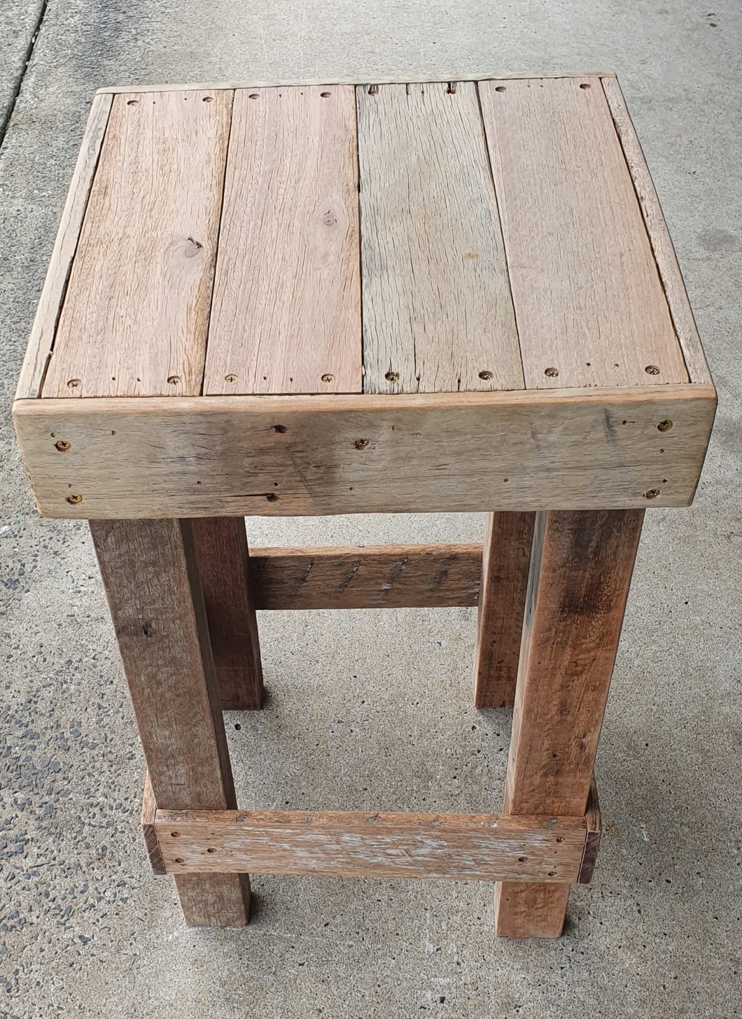 440mm bar stool standard wooden recycled