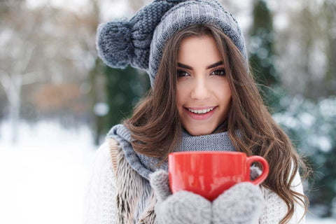 skiing-winter-hydrating-warming-up-gorgeous-young-woman-winter