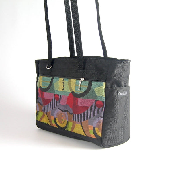 204: Small boxy tote w/ 2 open end pockets