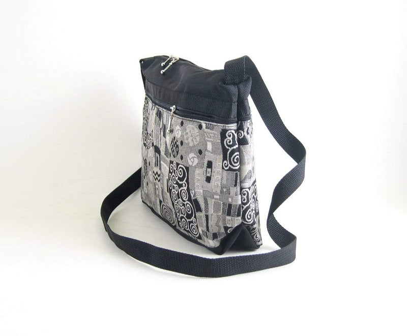 222L Cross-body Organizer Purse in Black nylon with fabric accent pockets