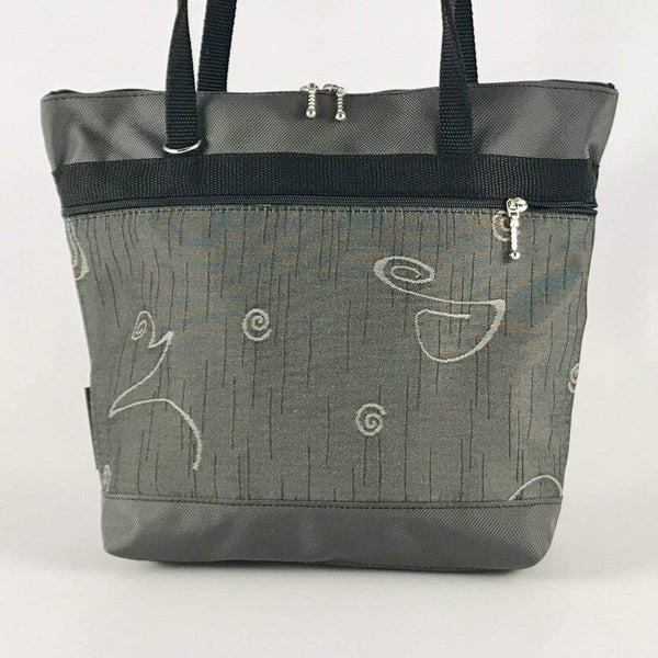L: Large sized Tote in Gray with Fabric Pockets