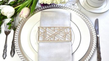 Abstract Style Napkin Wrap - Silver