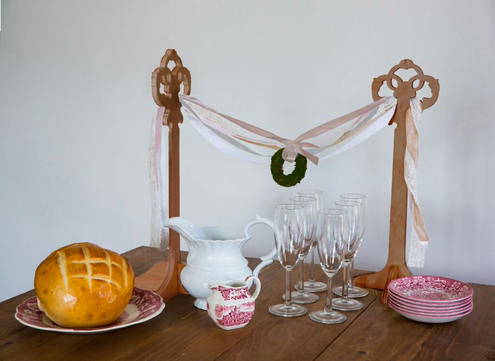 Table Top Garland Stands with Ribbon Bunting (Wood)