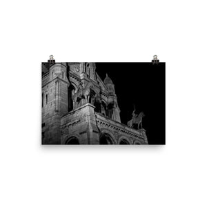 Museum Quality Poster | In Front of The Sacre-Coeur At Night | Paris Noir et Blanc