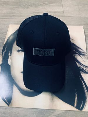 "BLACK TRUCKER HAT ""NOISE"" LOGO"
