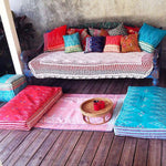 THROWDOWN CUSHIONS COLOURED 40cmx40cm