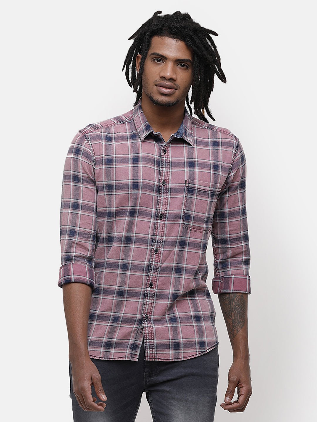 Men's Pink and navy checks casual shirt