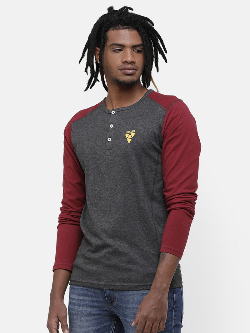 Men's Gray and maroon  henley neck raglan sleeve T-shirt