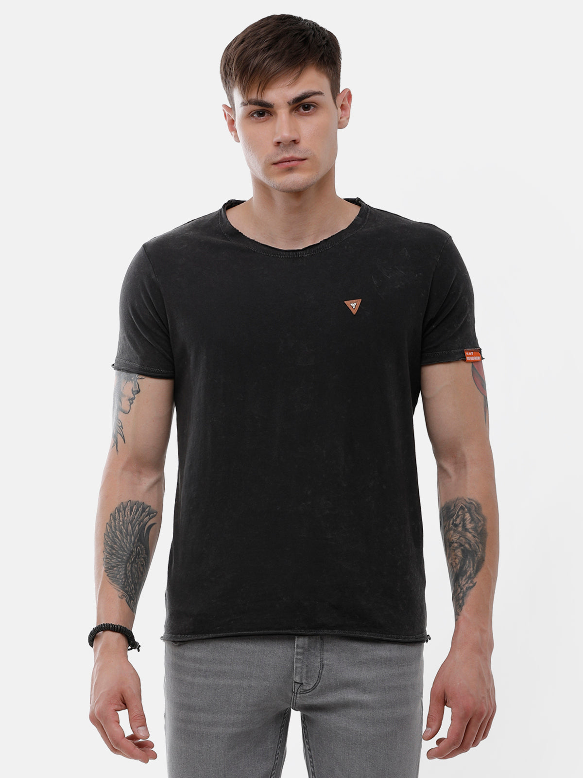 Men's Black half sleeve T-shirt with logo patch on chest